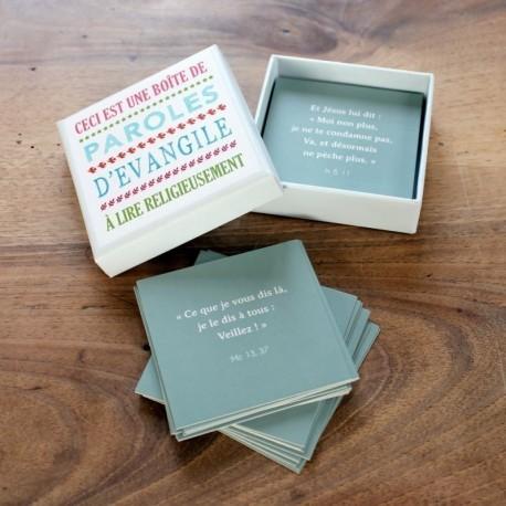 Boîte carrée - Paroles d'Evangile